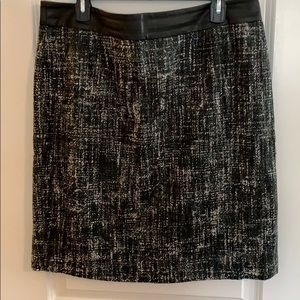 Gorgeous tweed like pencil skirt size 16
